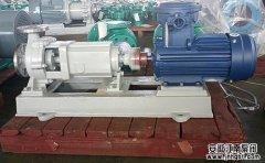 问:输送高温盐水选用什么水泵?
