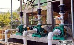 问:衬氟塑料泵,全氟塑料泵,氟塑料合金泵区别